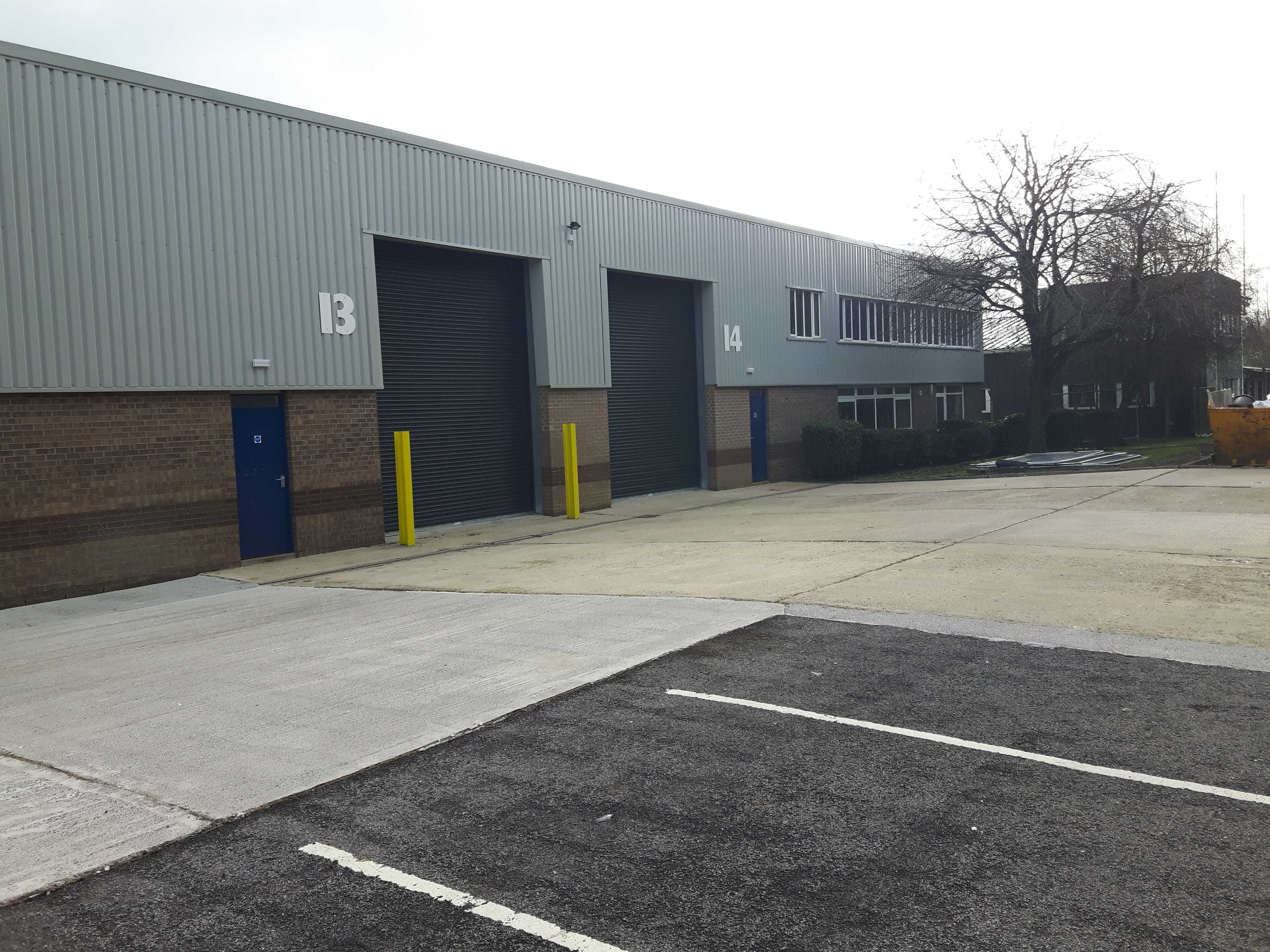 Units 13/14 River Ray Industrial Estate, SWINDON